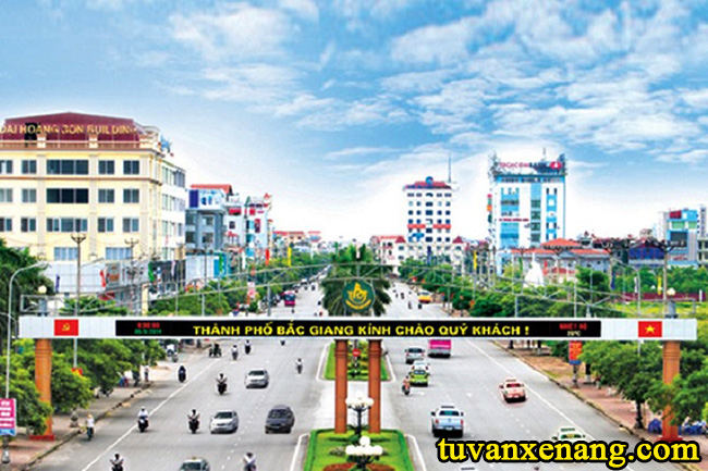 xe-nang-tai-Bac-Giang