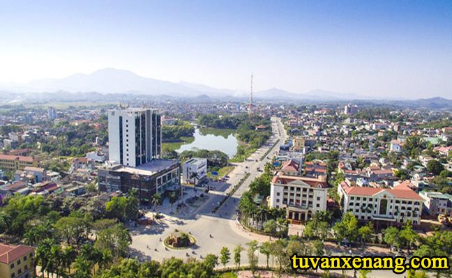 xe-nang-tai-Tuyen-Quang