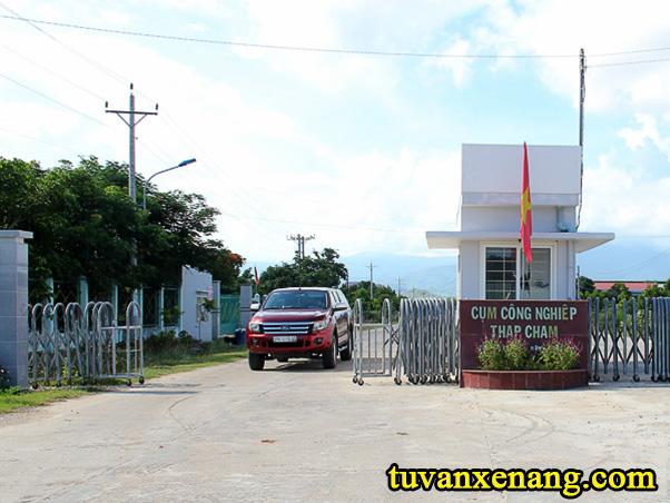 xe-nang-tai-Ninh-Thuan