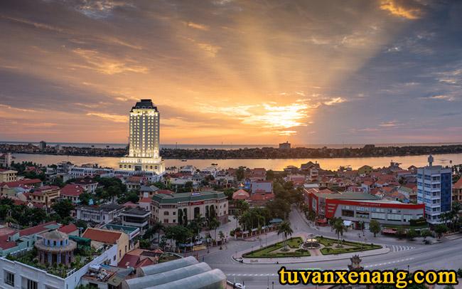 xe-nang-tai-Quang-Binh