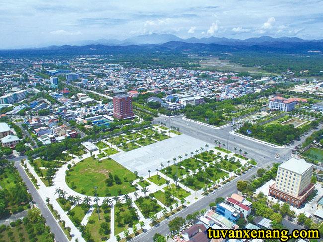 xe-nang-tai-Quang-Nam